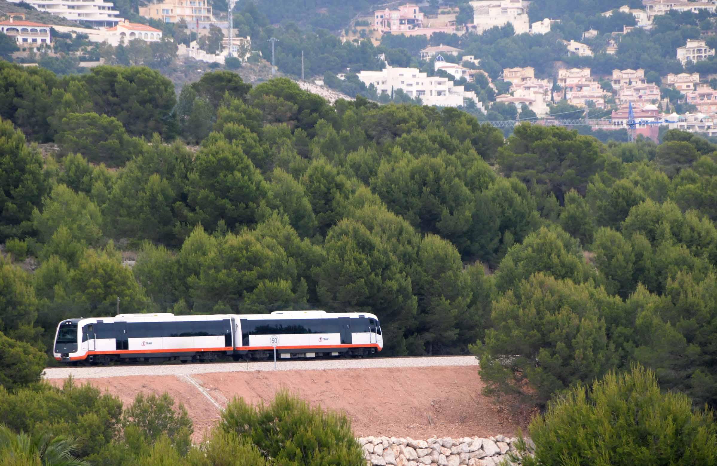 """Ferrocarrils de la Generalitat estudia la aplicación del hidrógeno verde en la Línea 9 del TRAM d""""Alacant y en la mejora de la eficiencia energética"""