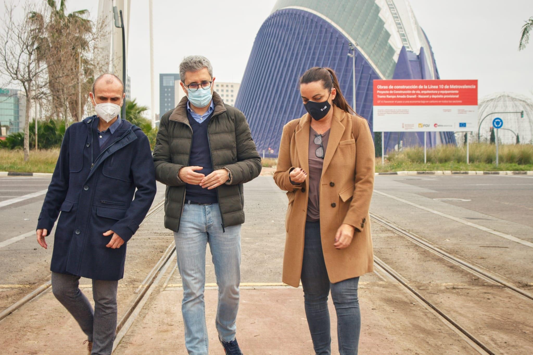 La Generalitat propone ampliar la Línea 10 y crear la nueva Línea 11 para conectar los nuevos trazados a la red tranviaria actual por la fachada m...