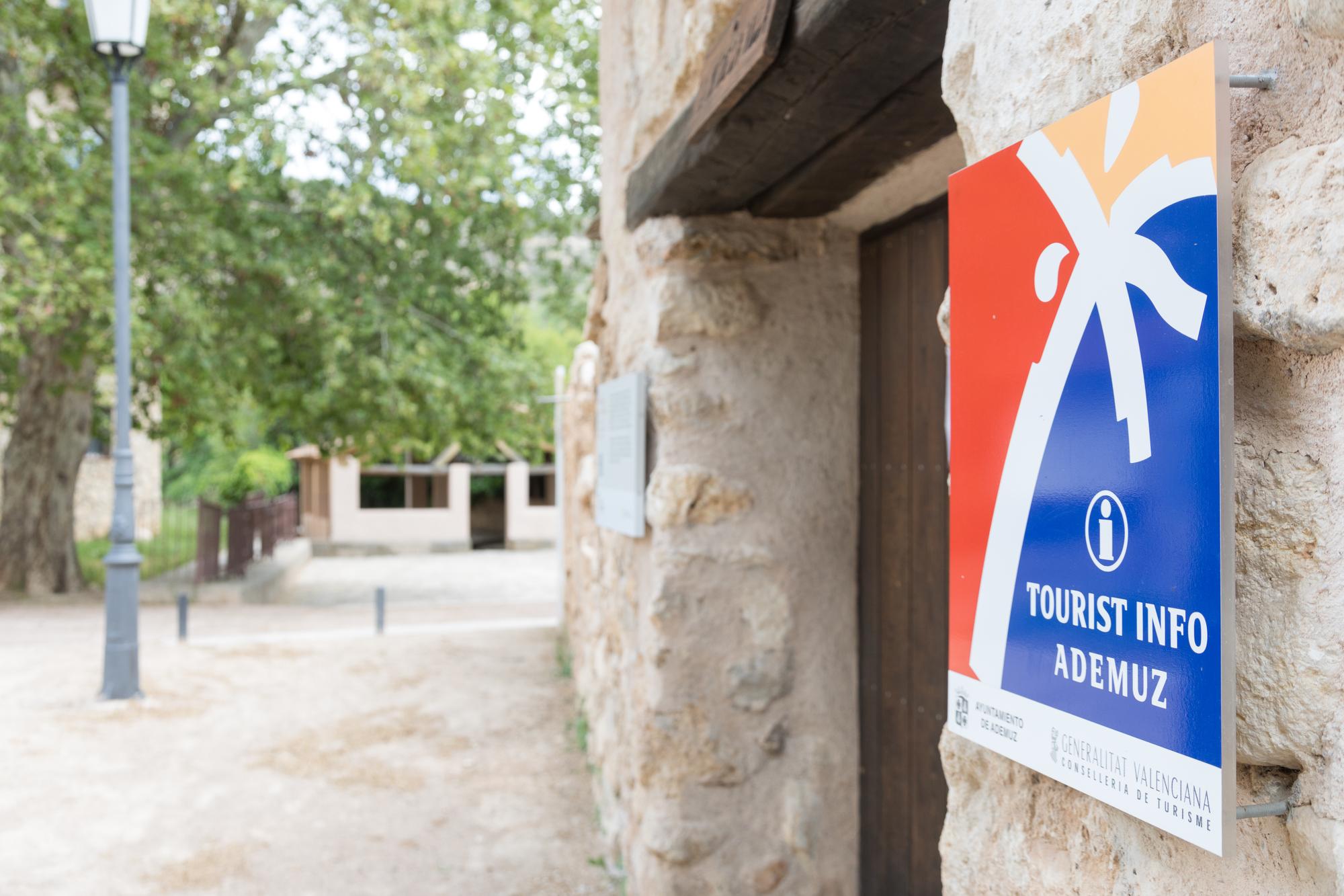 Turisme Comunitat Valenciana refuerza y acelera la digitalización de las oficinas de la Red Tourist Info