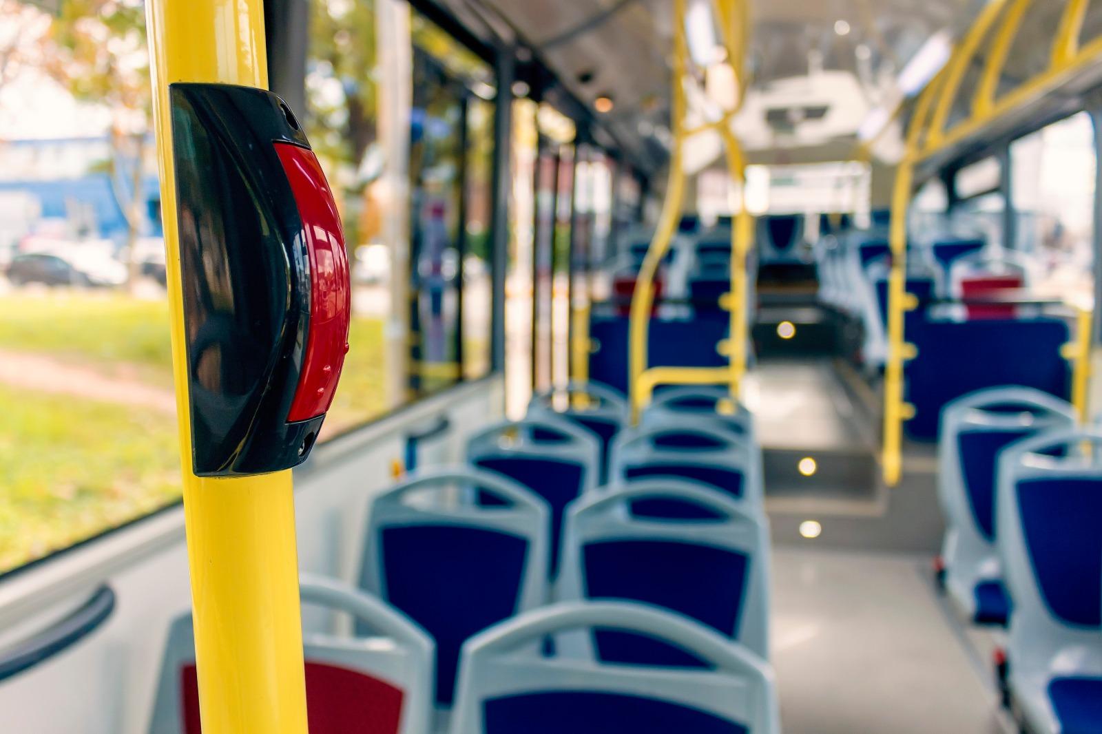 La Generalitat adjudica el servicio público de transporte de personas por carretera CV-002 Vinaròs- Benicarló-Peníscola