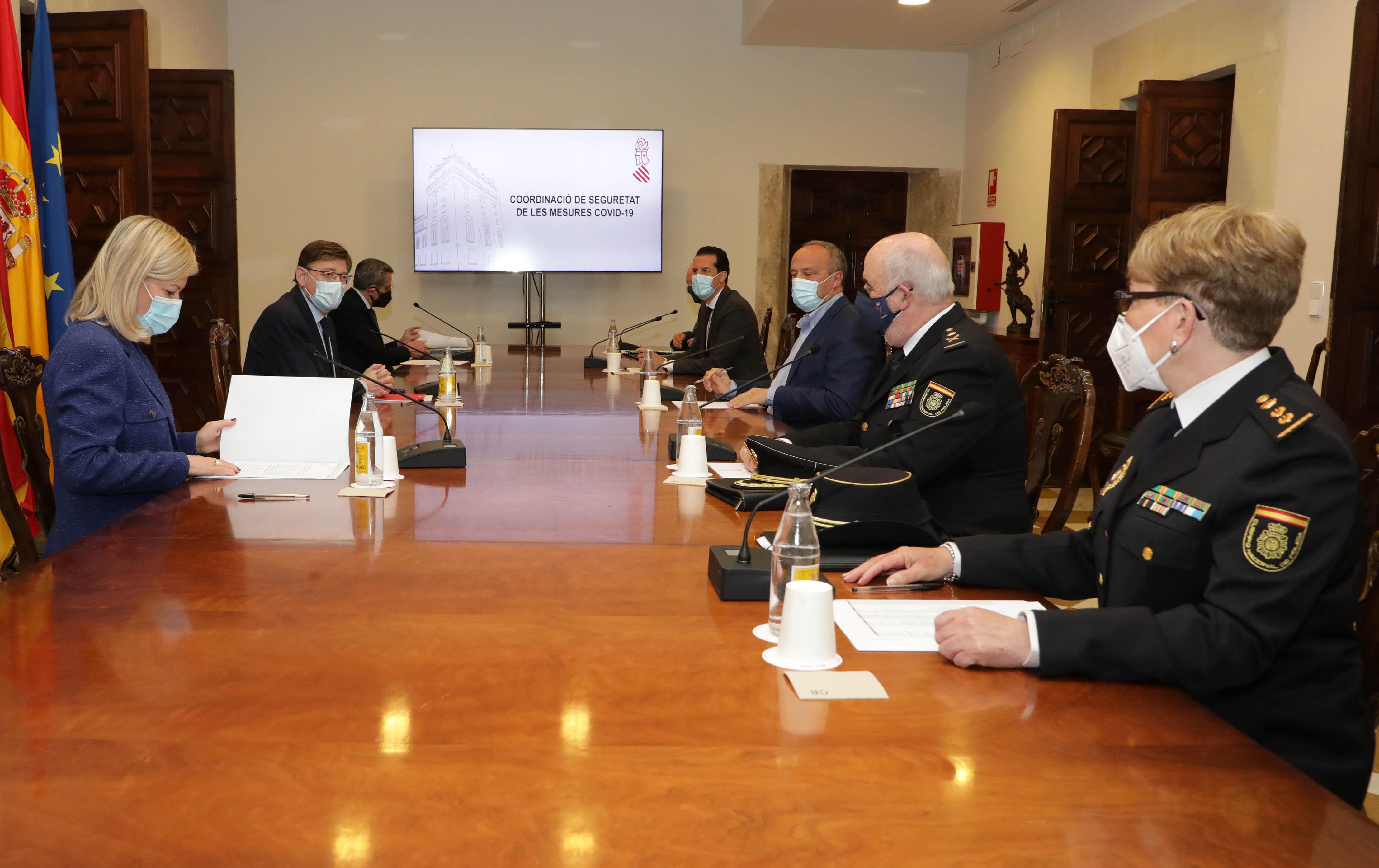 """La Policia de la Generalitat triplicarà la seua presència a les zones recreatives de l""""interior per a controlar el compliment de les mesures contr..."""