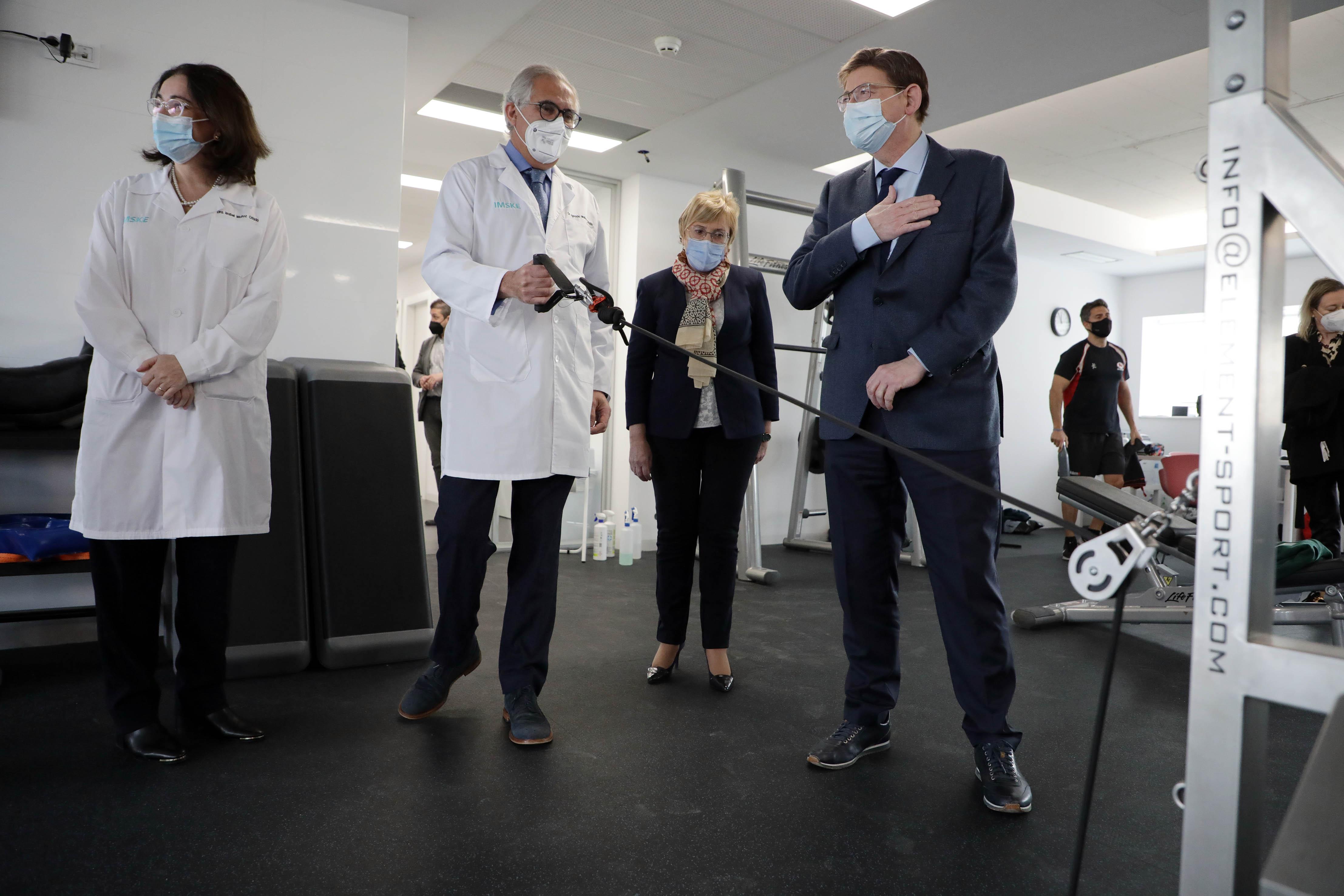 """Puig avança que la Comunitat Valenciana rebrà aquest divendres 120.000 dosi extra d""""AstraZeneca per a començar a vacunar les persones de 65 anys l..."""