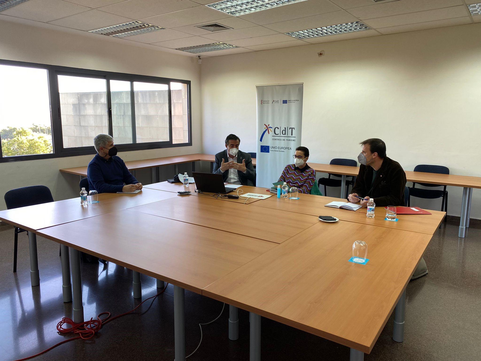 Turisme i Qualitat Democràtica de la Generalitat acorden mesures per a reforçar el producte de Memòria Democràtica