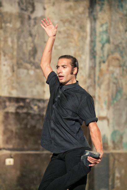 """Israel Galván baila en solitario su versión de """"El amor brujo"""" en Dansa València"""