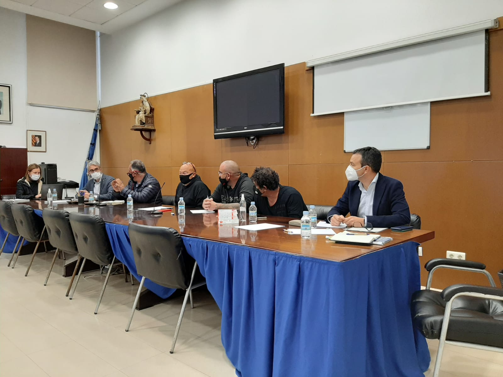 La Comunitat Valenciana y Cataluña presentarán al Gobierno un plan alternativo para evitar el recorte de capturas de pesca que propone Bruselas