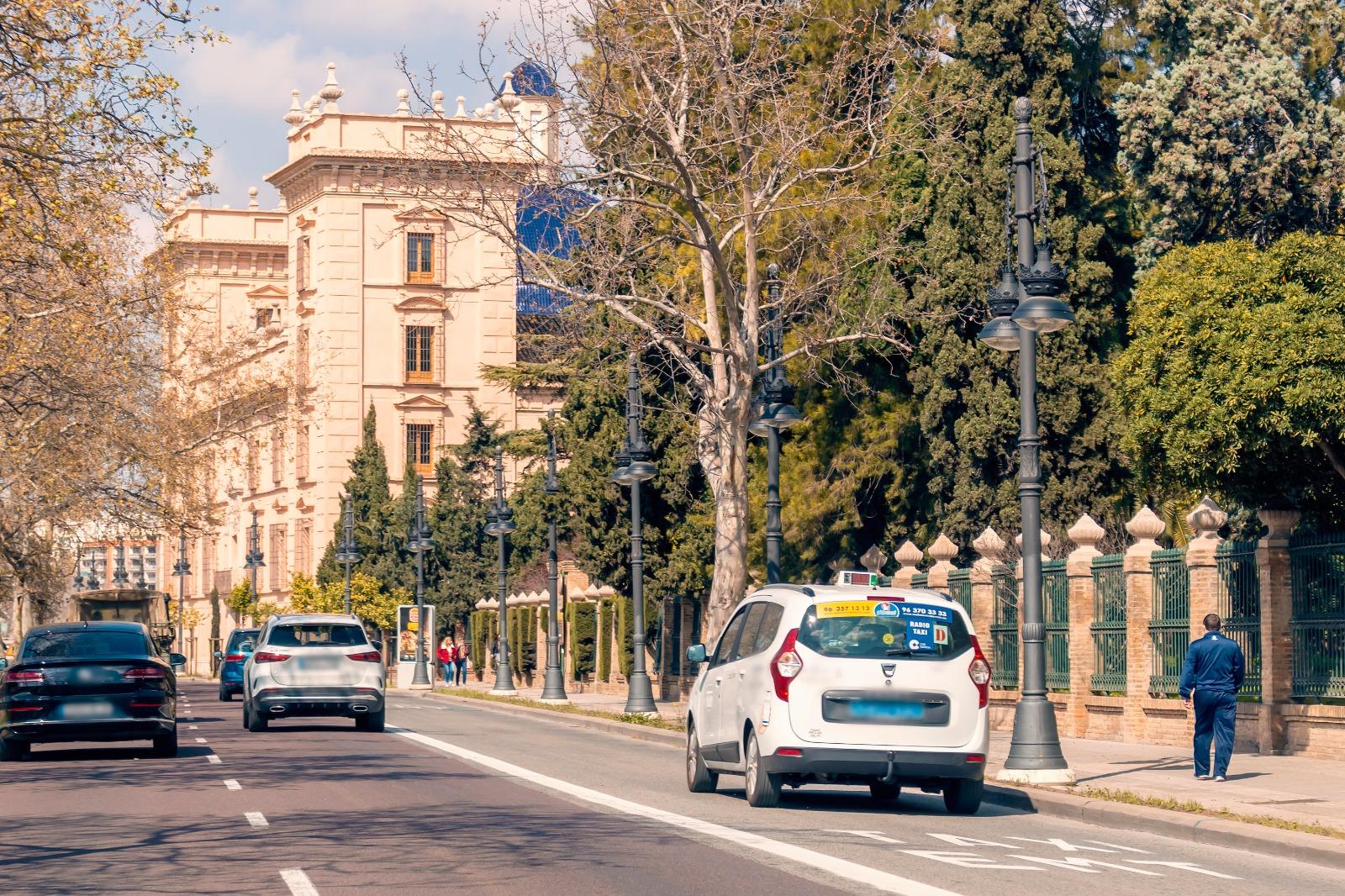 Obras Públicas abre la matrícula para los exámenes de taxista