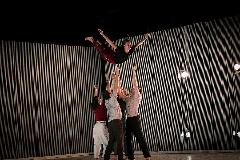 """Dansa València estrena l""""espectacle inclusiu i intergeneracional """"Soledad"""""""