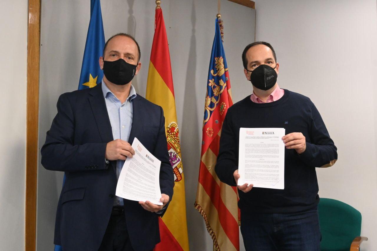 Martínez Dalmau y el alcalde de Aldaia firman un convenio para ceder el derecho de tanteo al Ayuntamiento para la compra viviendas