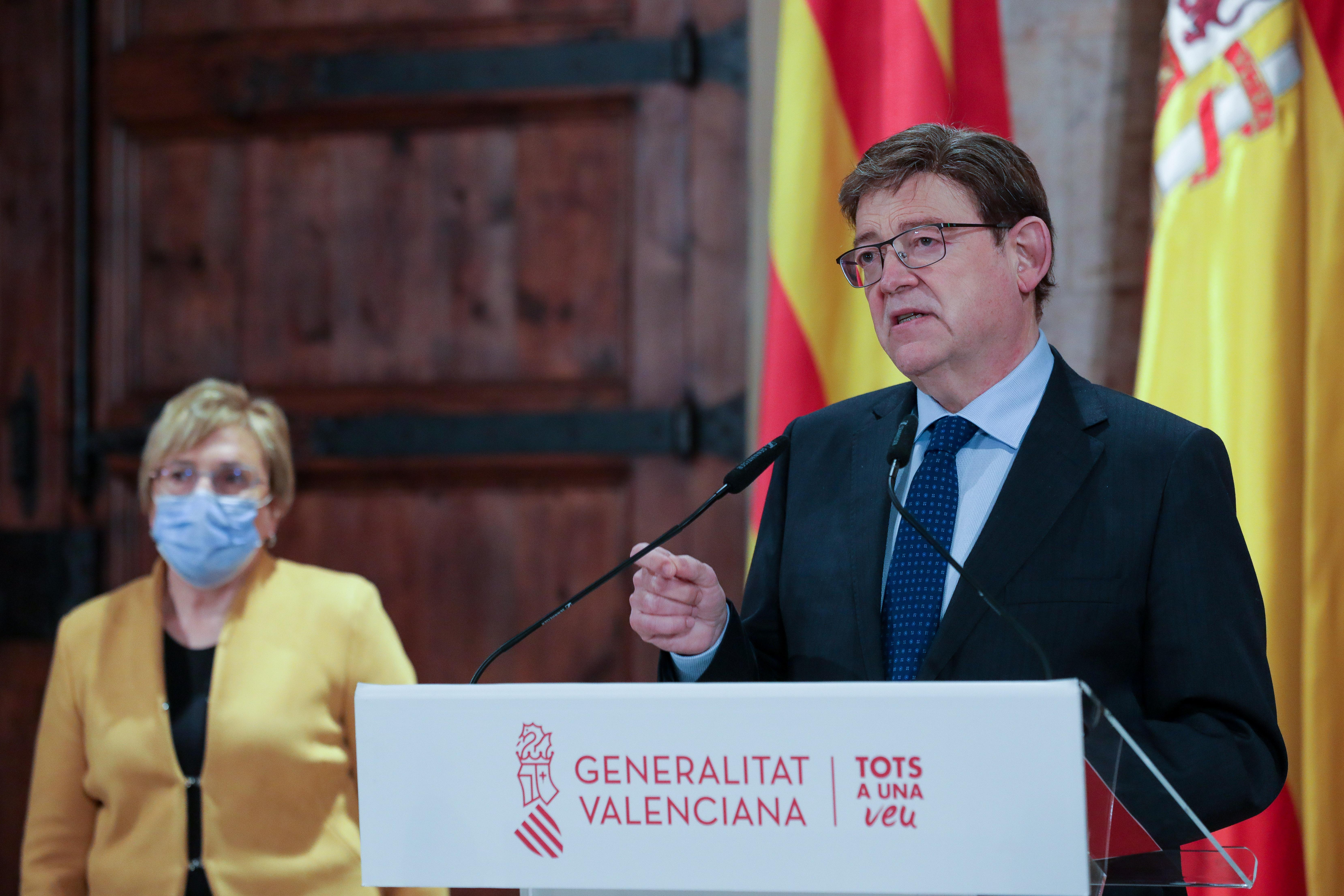 """Ximo Puig anuncia l""""ampliació de l""""horari d""""obertura de l""""hostaleria i el comerç fins a les 22 hores"""