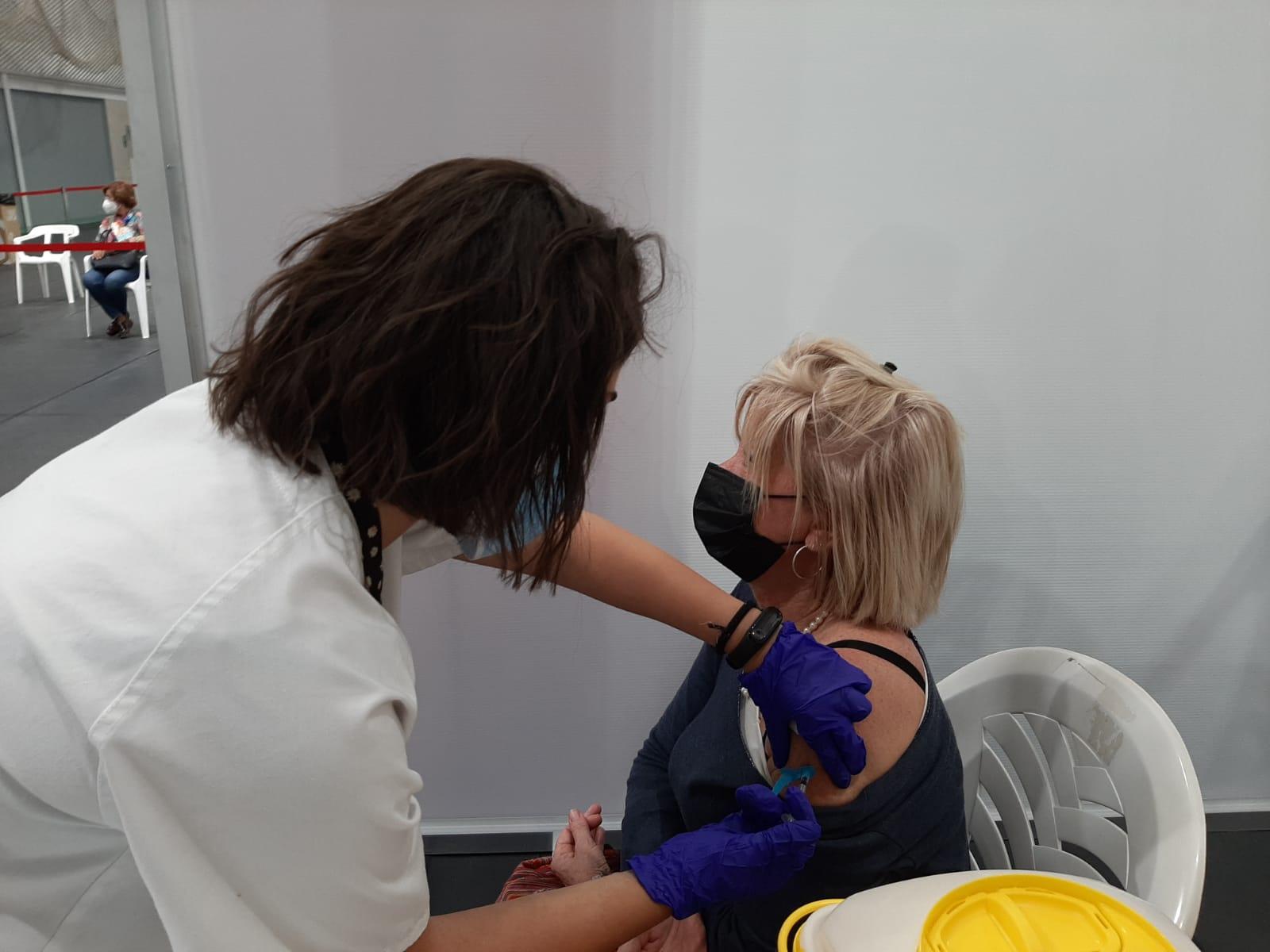 Sanitat ampliarà a 124 els punts de vacunació contra la COVID-19 a la Comunitat Valenciana