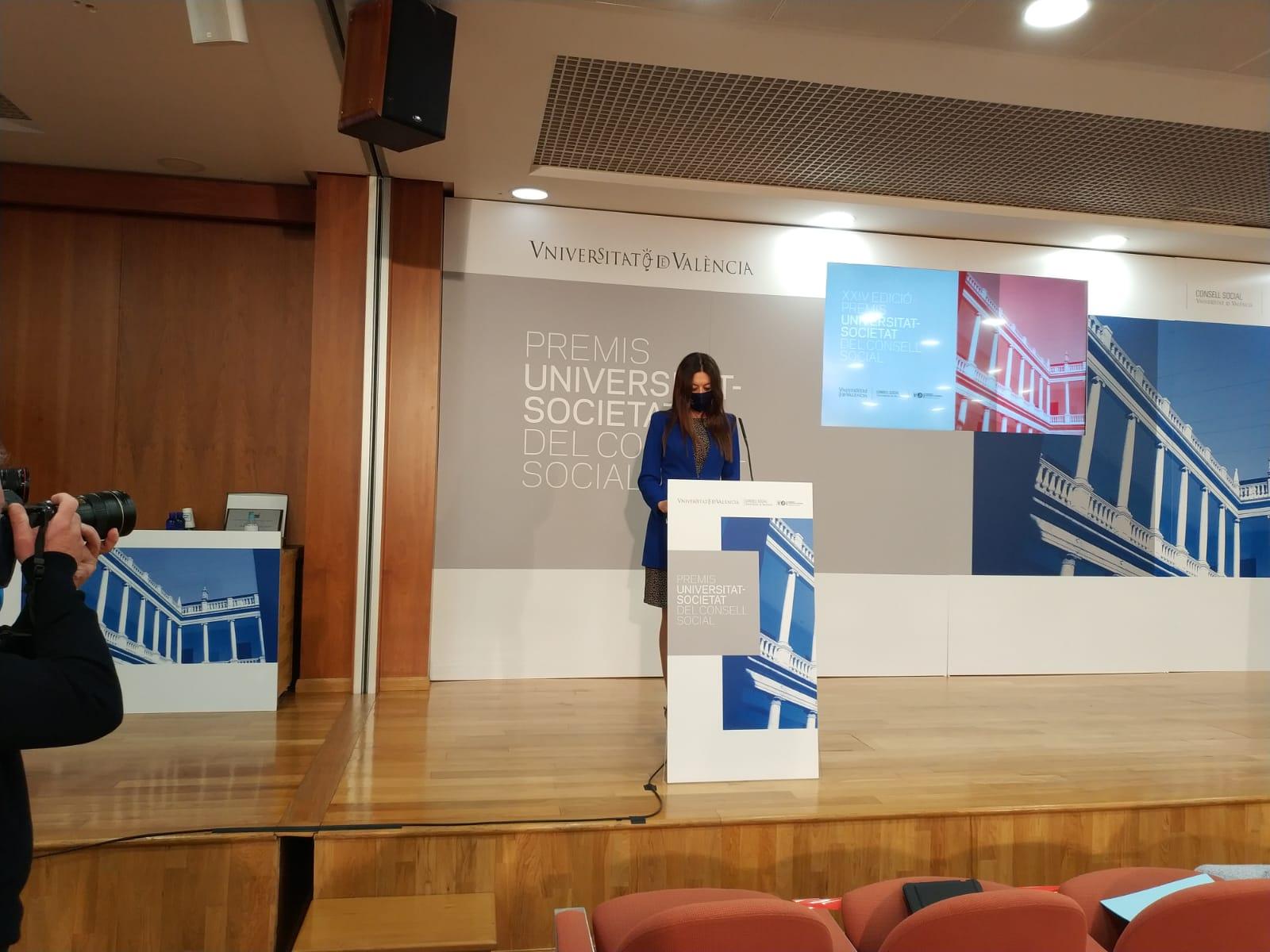 Carolina Pascual destaca el papel de la Universidad en el conocimiento aplicado a la alianza entre la sociedad y la ciencia