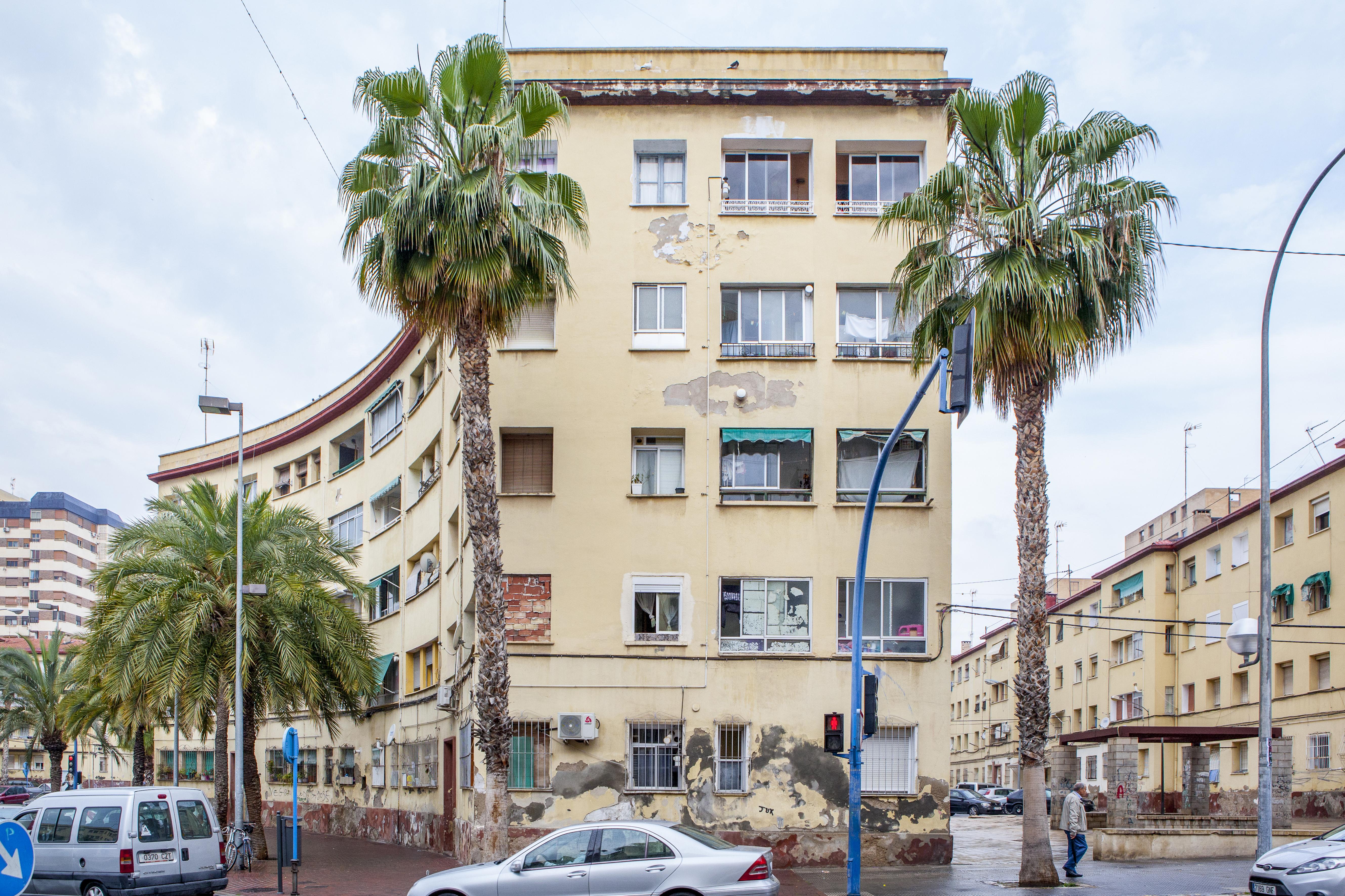 La Conselleria de Vivienda adjudica las obras para el inicio de la regeneración urbana del grupo de vivienda pública Miguel Hernández de Alicante