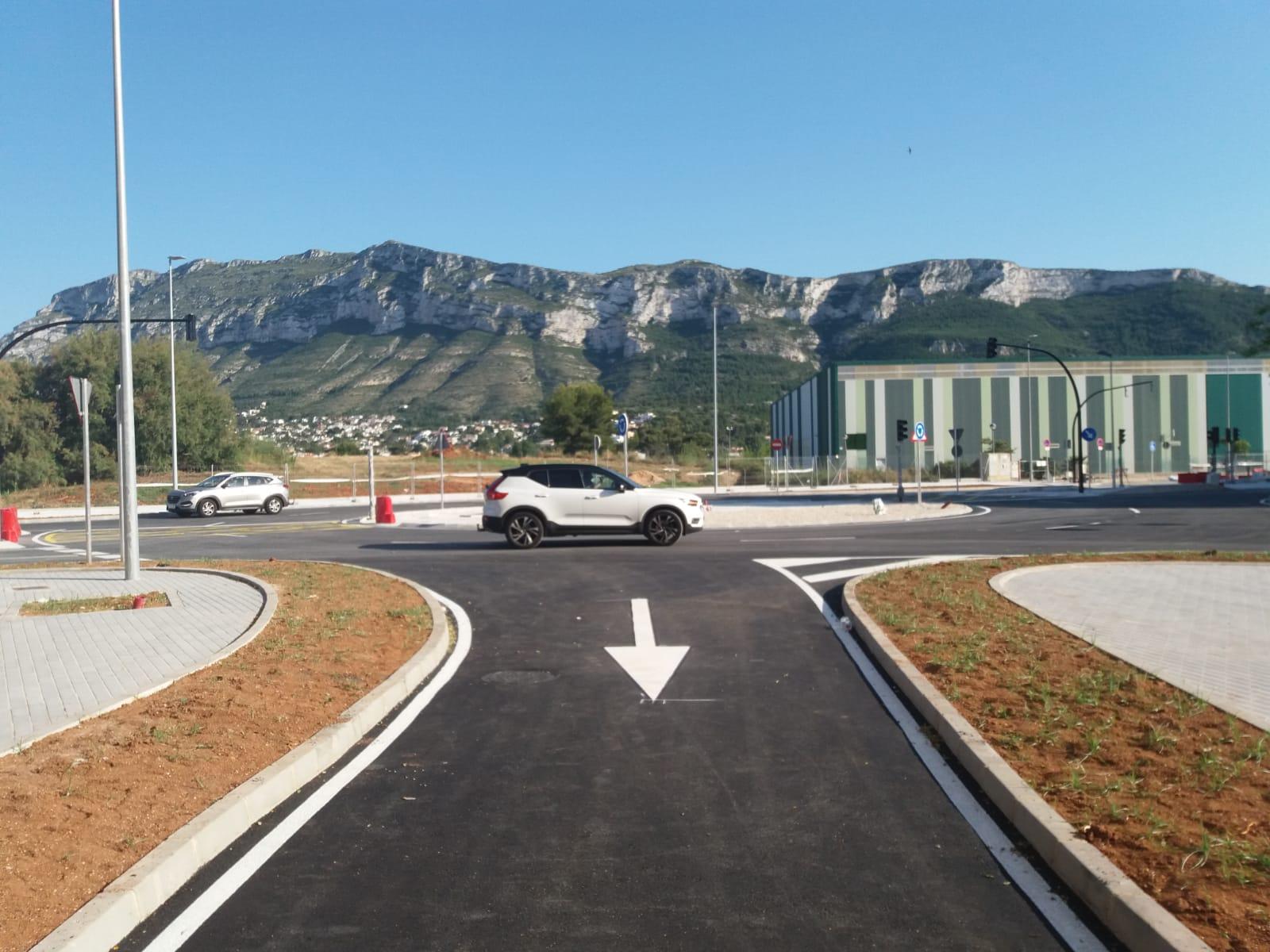 Ferrocarrils de la Generalitat finaliza las obras de tranviarización en el cruce de la avenida Joan Fuster con la avenida Juan Chabás en Dénia