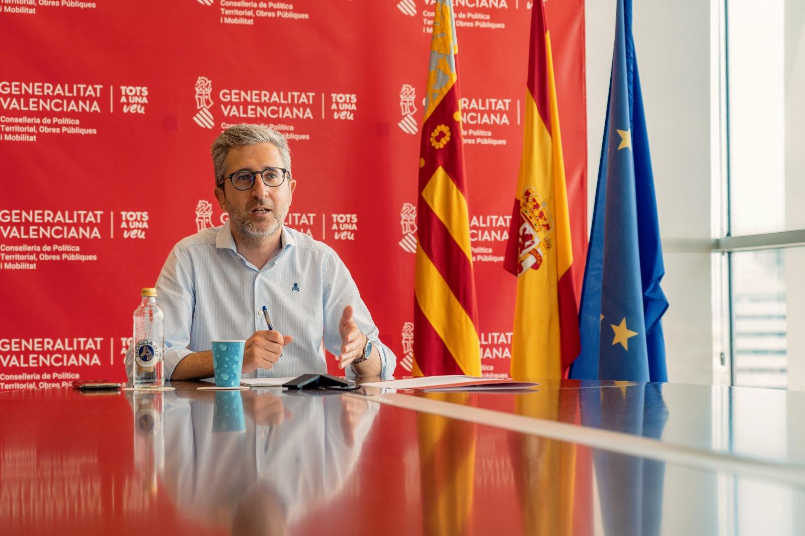 """Arcadi España aboga por """"agilizar los procedimientos urbanísticos para una ordenación racional, transparente y productiva que garantice la creació..."""