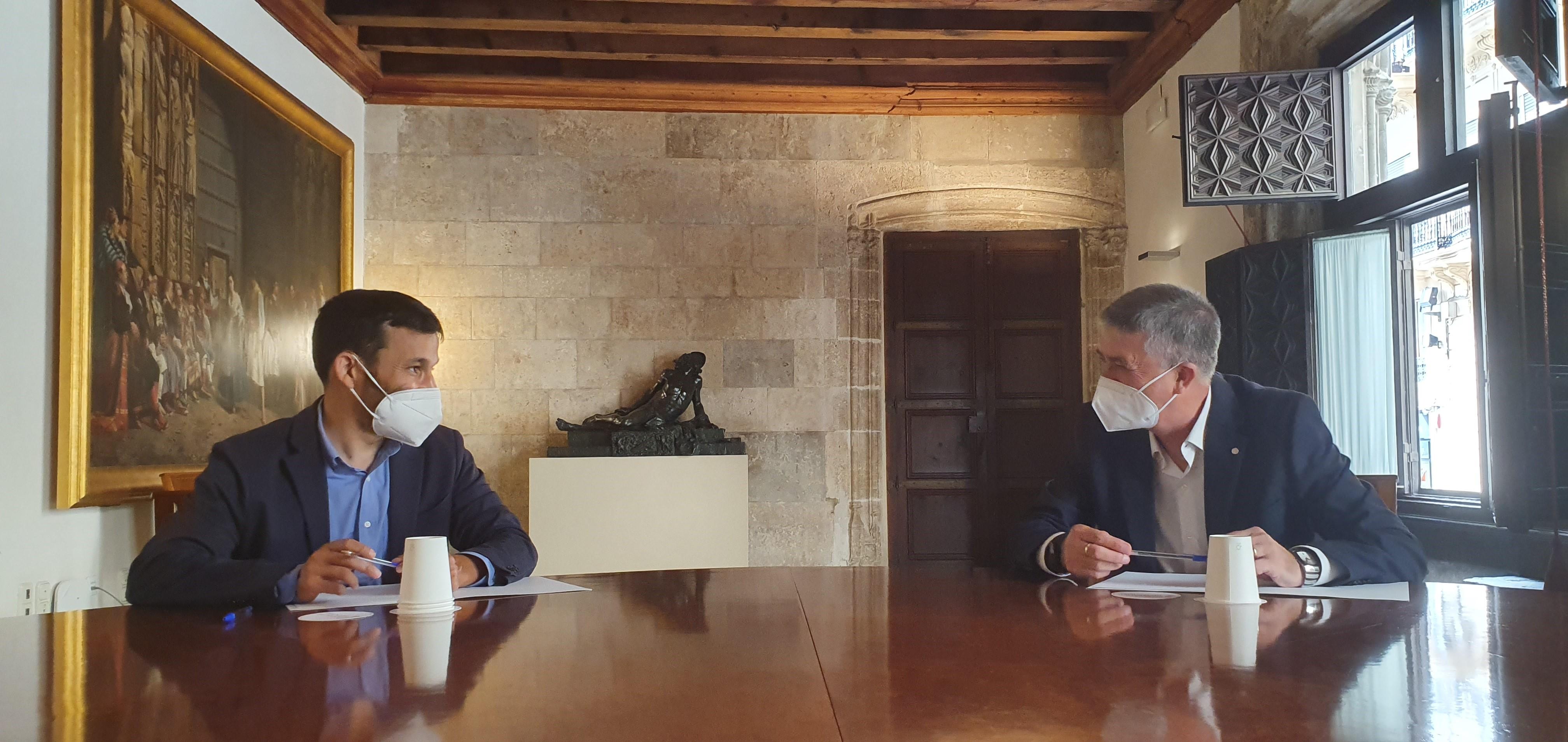 """Cultura i Economia impulsen accions per a la compra de drets d""""antena i promoció de pel·lícules valencianes"""