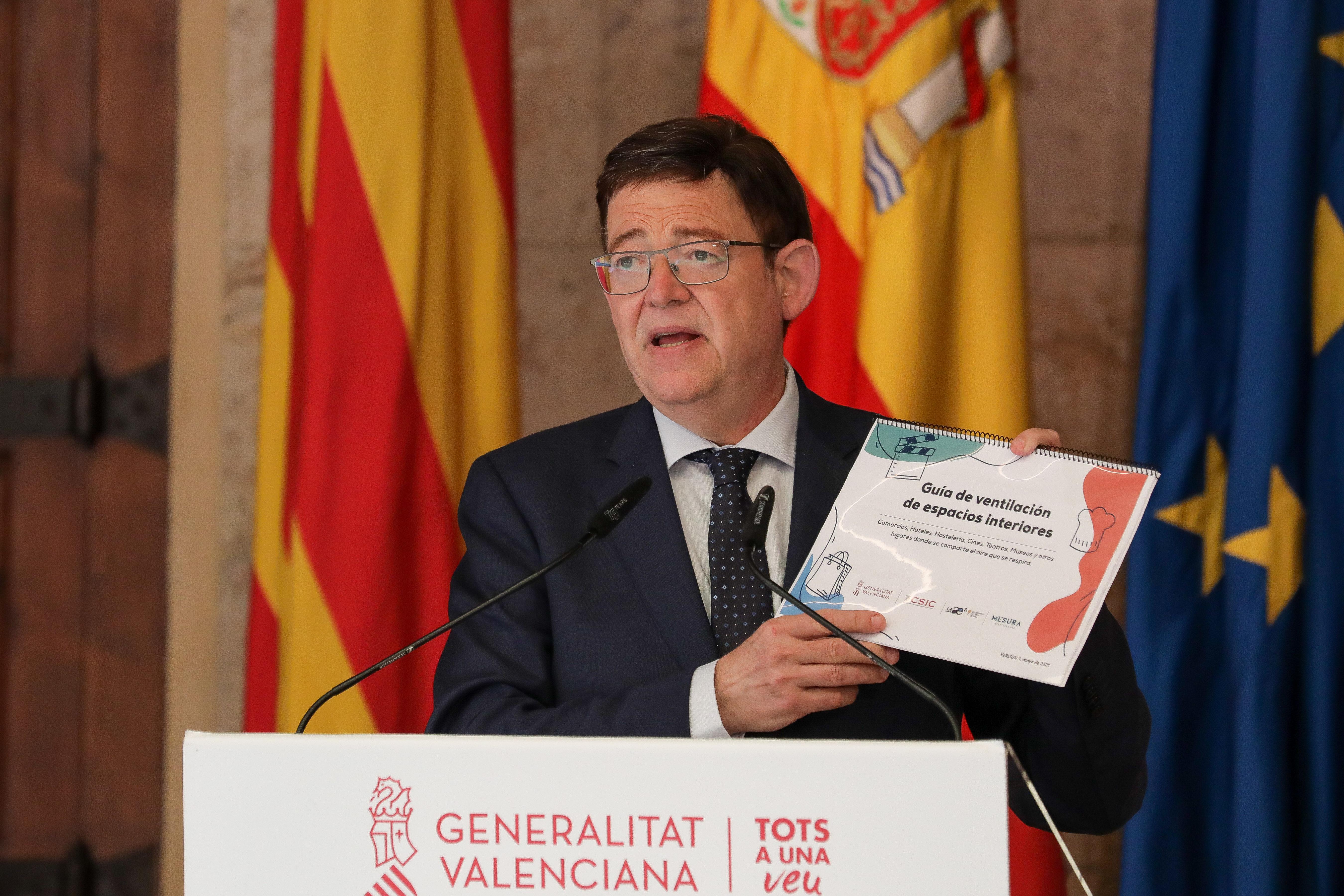 Ximo Puig anuncia el adelanto al lunes de la vacunación de la franja de...