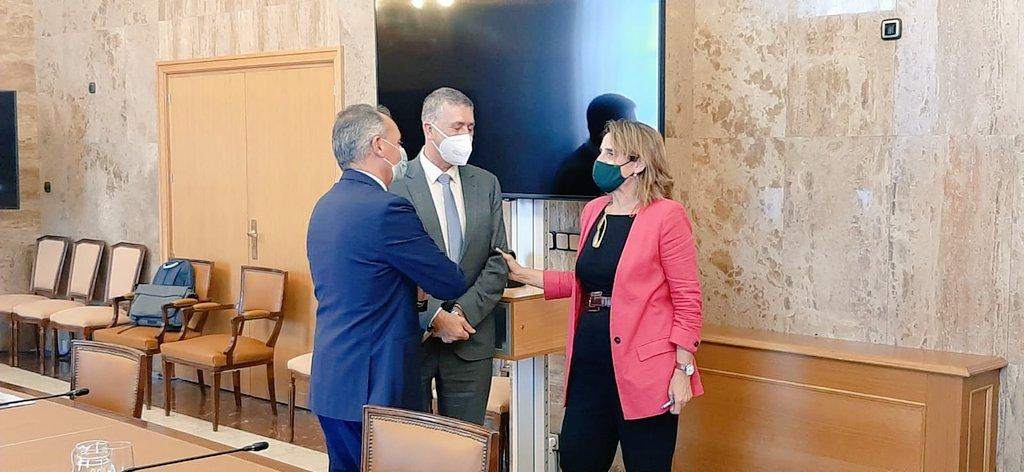 """Representants del clúster ceràmic traslladen a la ministra Teresa Ribera la situació del sector en relació amb l""""energia, el CO2, i els objectius ..."""