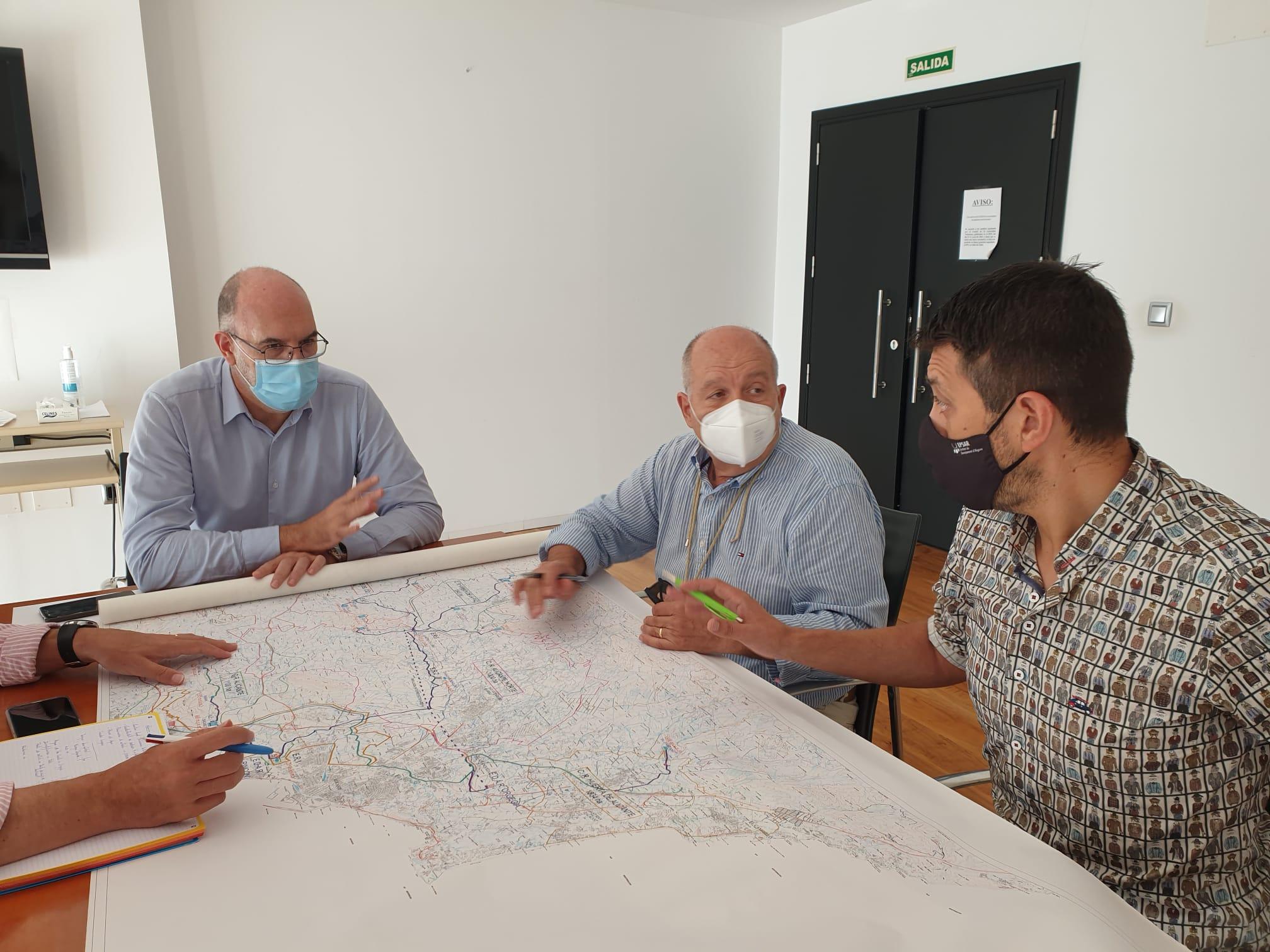 """La Conselleria de Transición Ecológica y el Ayuntamiento de Alicante acuerdan un plan de """"aprovechamiento 100 % y vertido 0"""" para las aguas de Ali..."""