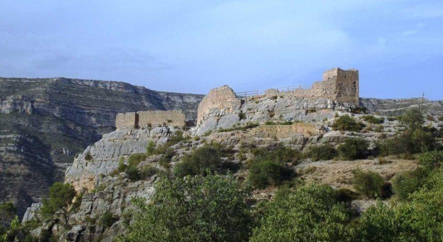 El IVAJ organiza el campo de voluntariado juvenil de Arqueología el Castillet de Millares