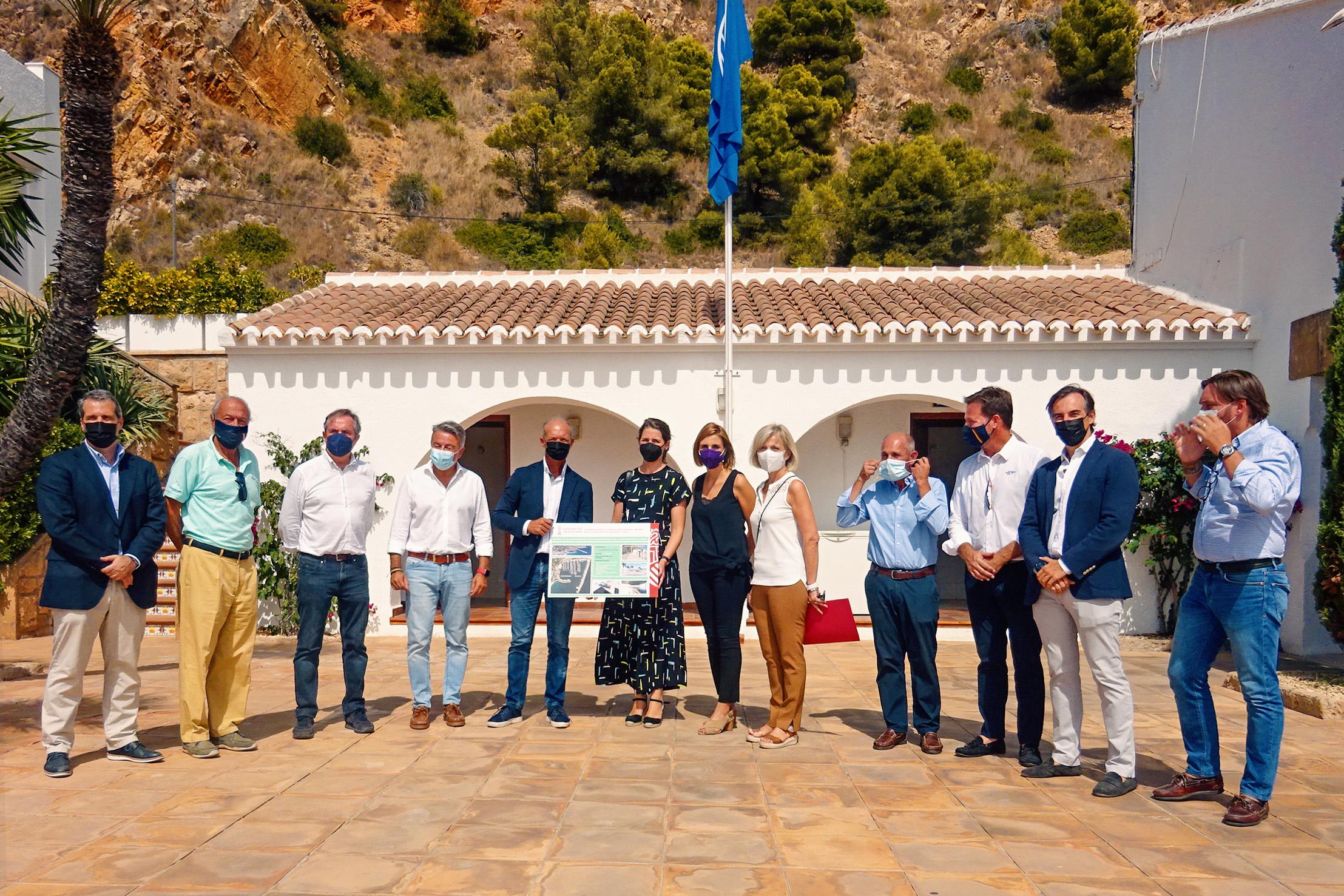 La Generalitat renueva la concesión al club náutico de Jávea y establece una inversión de 2,6 millones para la modernización del puerto