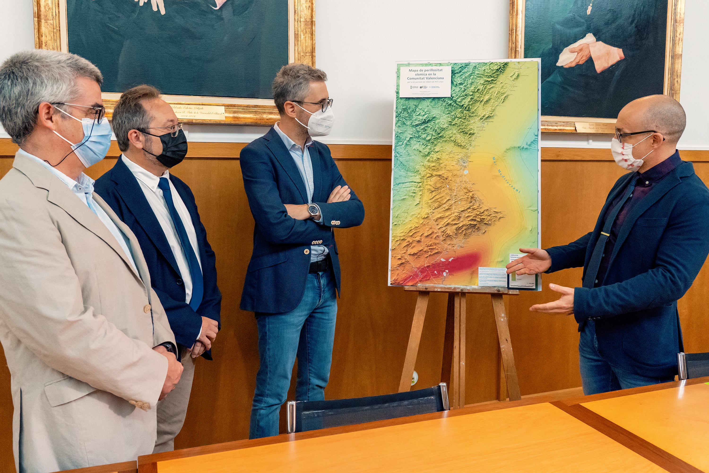 """Arcadi España: """"Los mapas sísmicos de la Comunitat son fundamentales para la planificación del territorio y de las emergencias"""""""