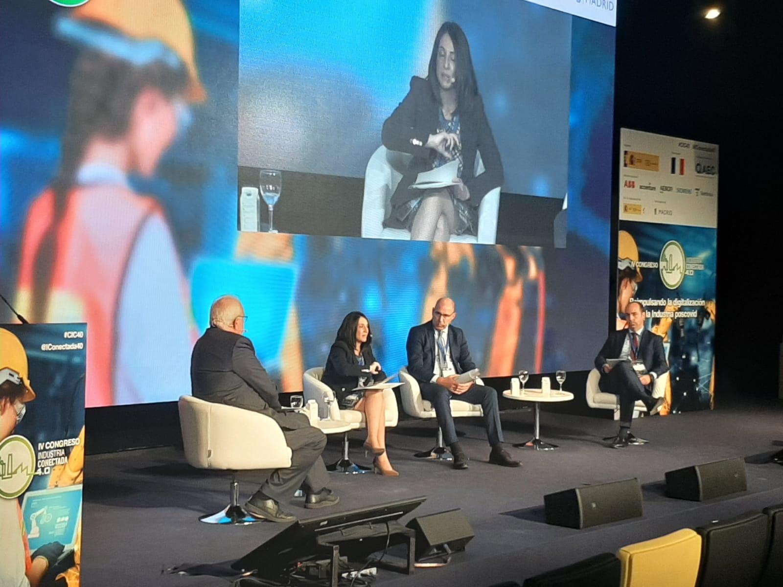 """Torró elogia la colaboración público-privada en la Comunitat Valenciana """"como ejemplo para superar la pandemia"""""""